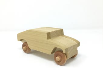 Military wood toy - hummer