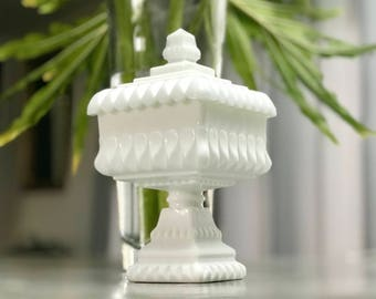 Vintage Westmoreland White Milk Glass Wedding Box / Compote Candy Dish