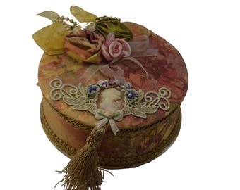 Fabric lined wood jewelry box floral pattern