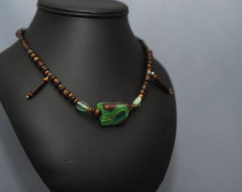 """Wave"" Choker Pearl Tiger eye, wood and polymer clay chocolate/Green"