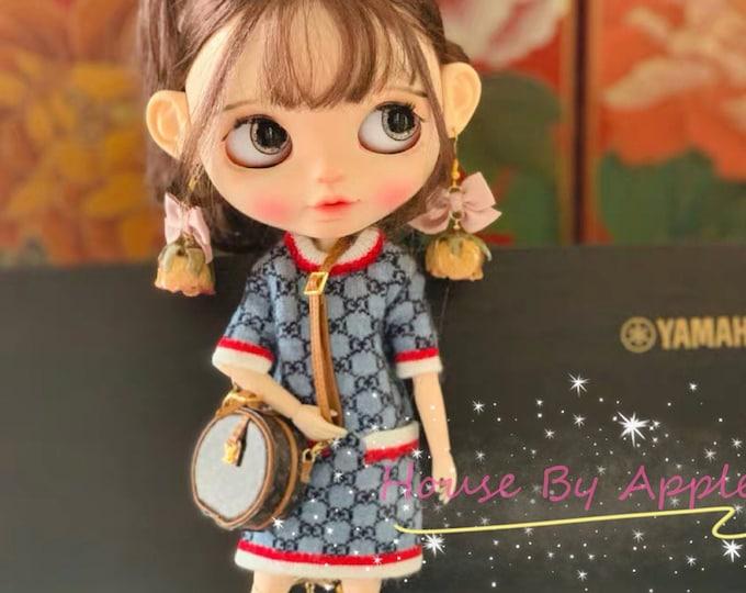 Featured listing image: Fashion Doll Round shoulder bag Doll Handbag Handmade Doll Bag for Neo Blythe Holala 1/6 BJD Azone Doll Bag Outfit Custom Doll Accessories