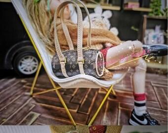 Fashion Doll Barrel Bag Doll Handbag Handmade Doll Bag for Neo Blythe Holala 1/6 BJD Azone Doll Bag Outfit Custom Doll Accessories