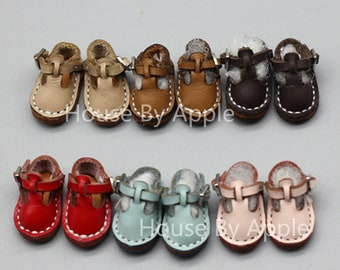 b319e508b7 British Style Retro Leather Shoes Mary Janes shoes for OB11 Middie Blythe   1 12 doll