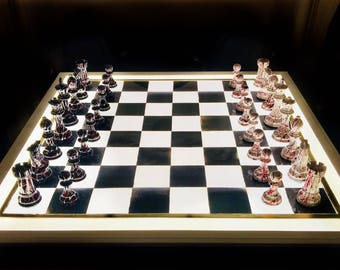 Nocturnal Chess with Light Board