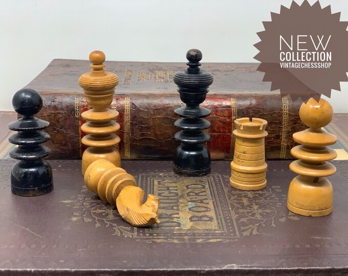 Featured listing image: Grand Chess Saint George with Board