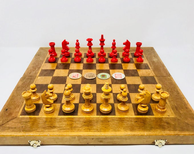 Old Spanish chess with stamps