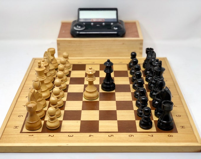 Chess Bonn with official board and watch US