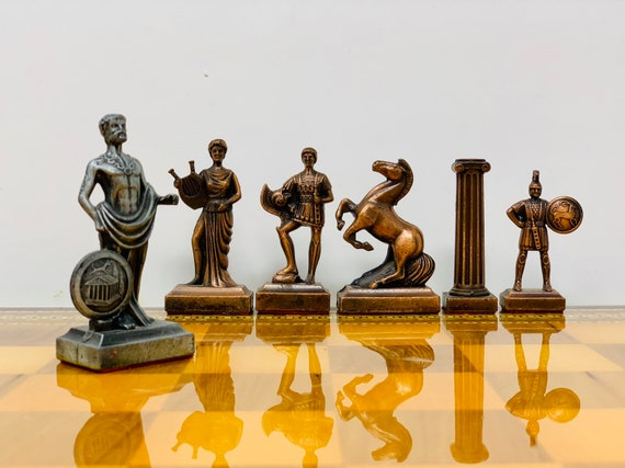 Historical Chess: Cleopatra