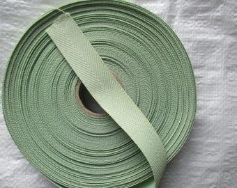 soft lime green cotton webbing 2.5 cm