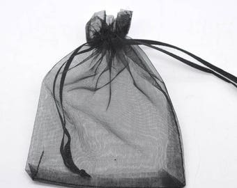 10 pockets or bag in black organza 7 x 9 cm