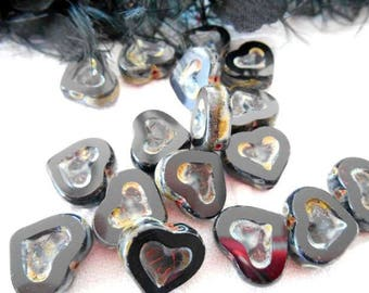 2 x beads heart 14 mm antique black Czech glass.