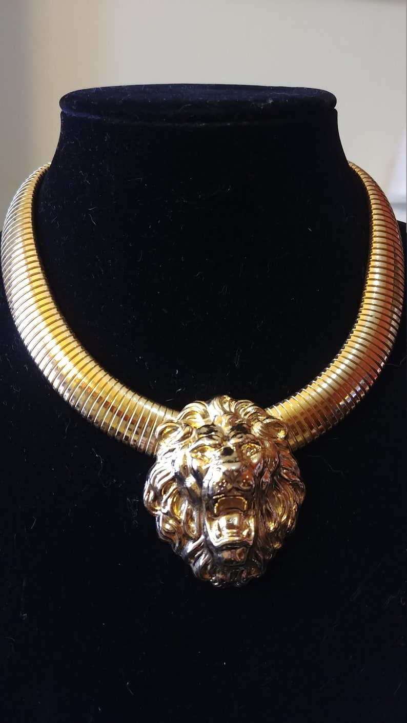 Pagan Witch Alternative Fashion and Jewelry Unique and Unusual Nemean Lion Necklace