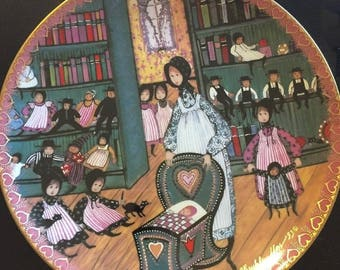 P. Buckley Moss MOTHER'S WORLD Anna Perenna Art Plate Framed Hanging Annual Mothers Day Series Plate #279 out of 5000