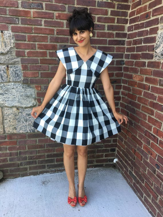 1950s black and white gingham tafetta fit and flar