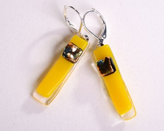 """Elegant and beautiful dangle earrings on a french wire. Yellow glass, gold dichroic accent. Glass piece is 1"""" long. 319"""