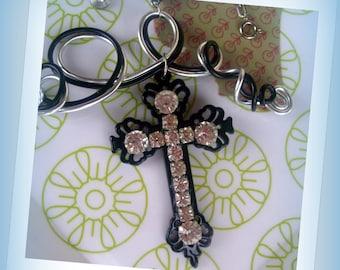 BAROQUE NECKLACE * stunning rhinestone cross