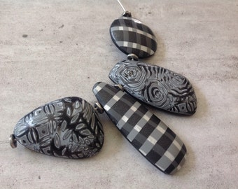 Necklace black and white polymer clay - new collection INVERNESS