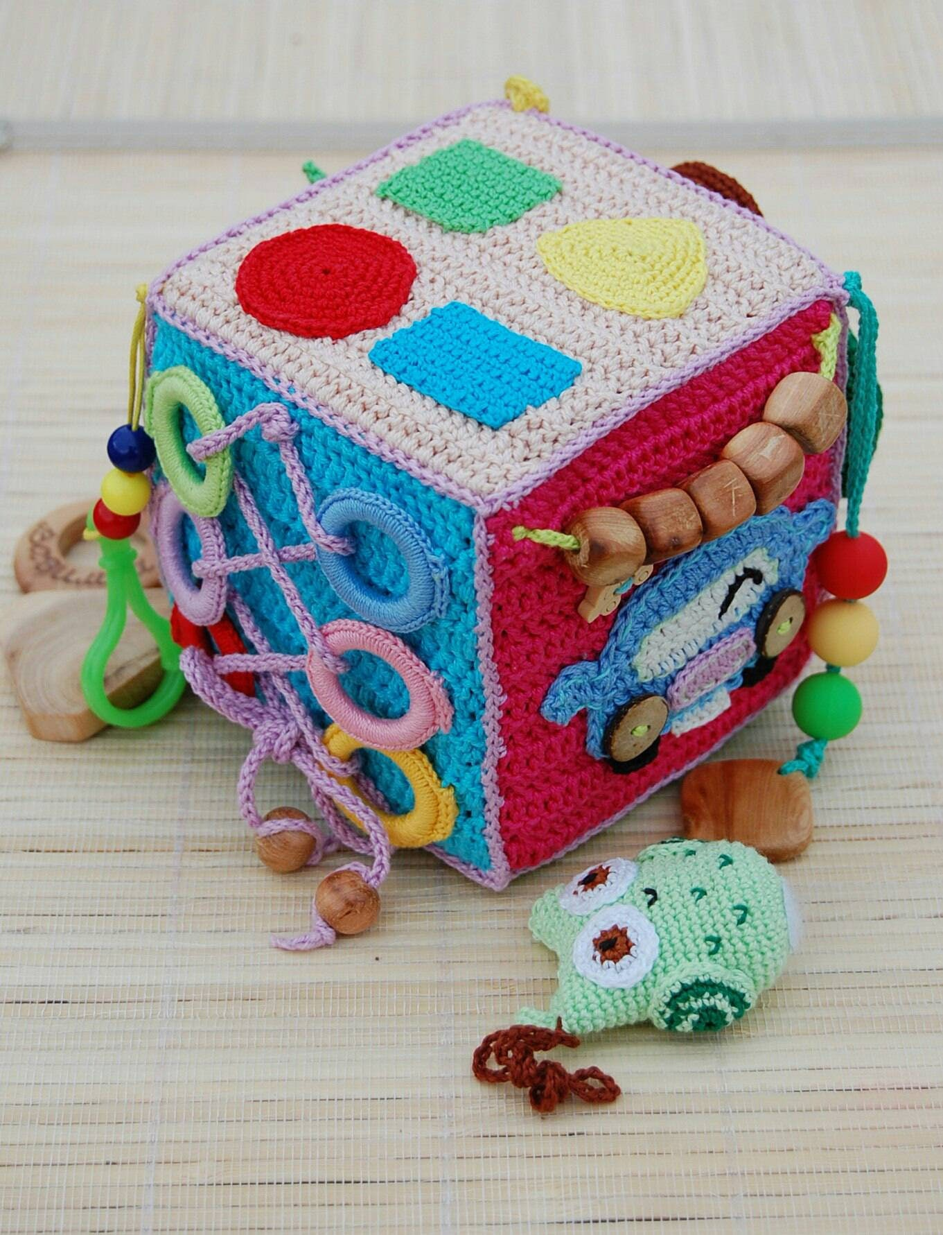 Crochet educational toy Baby activity cube Soft avtivity cube