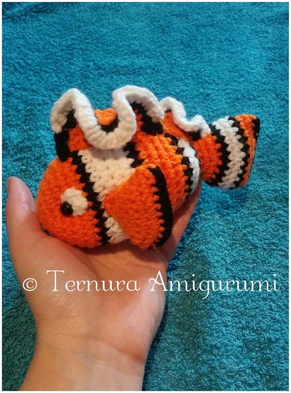 Crochet Clown Fish and Blue Tang (Nemo and Dory) – 15 free ... | 769x570