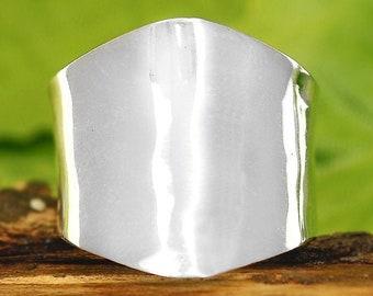 Solid 925 Argent sterling martelé Bague Moonstone Gemstone Band Boho Taille