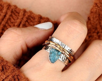 Raw Stone Ring, Apatite Ring, Spinner Ring, Sterling Silver Ring for Women, Fidget Ring, Uncut Raw Gemstone Ring, Blue Stone