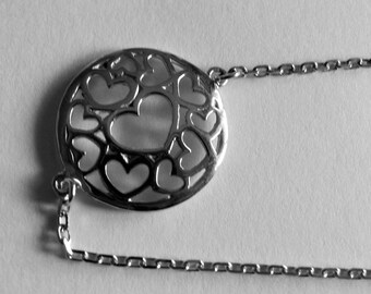 Mothers day bracelet in silver hearts