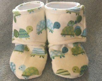 Turtles Stay-On baby booties