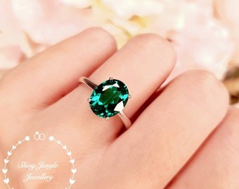 Emerald Engagement ring, 3 Carats Oval Cut Muzo Green Lab simulated Emerald Simple Solitaire Ring, Green Gemstone Ring, May Birthstone Gift