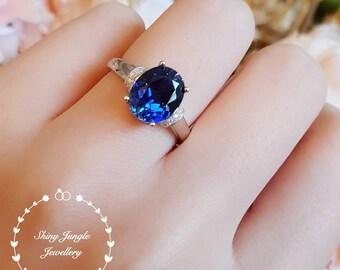 Sapphire engagement ring, Royal Blue colour, 3 carat lab sapphire solitaire ring, oval cut lab sapphire, blue stone ring, blue sapphire ring