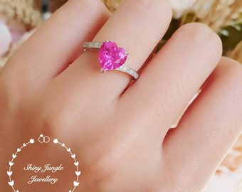 Heart shaped pink sapphire ring, heart shape engagement ring, pink heart ring, heart cut ring, pink stone ring, pink sapphire ring