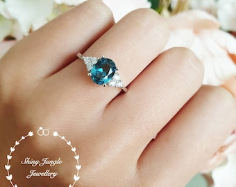 London blue oval topaz ring, three stone style promise ring, lab topaz engagement ring, white gold plated sterling silver,blue gemstone ring