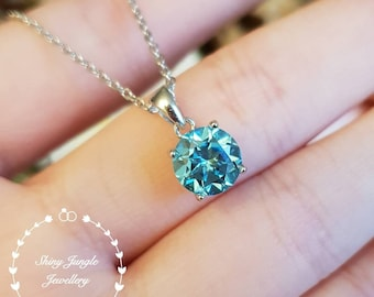 Swiss Blue topaz pendant, 2 carats round cut Blue topaz necklace with chain, solitaire necklace, December birthstone, bridal pendant, gift