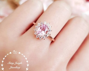 Pastel pink Morganite Halo engagement ring, light pink promise ring, pale pink gemstone ring, oval cut Morganite ring,rose/white gold plated
