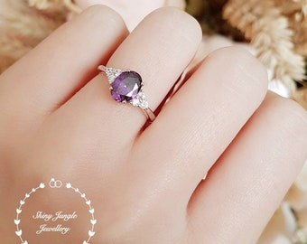 Oval Amethyst ring, faceted amethyst solitaire ring, white gold plated silver, purple stone ring, February birthstone, purple quartz ring