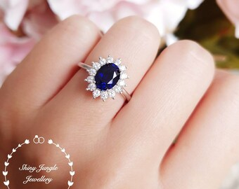 2 carats Royal Blue lab sapphire engagement ring, Halo Sapphire ring, Diana ring, white gold plated sterling silver, statement ring,oval cut