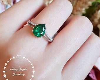 Pear cut emerald ring, teardrop emerald ring, pear shape emerald ring, tiara ring, white gold plated sterling silver, adjustable ring