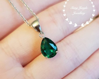 Pear shaped emerald necklace, May birthstone pendant, pear cut lab emerald pendant, teardrop emerald pendant, bridal pendant, vivid green
