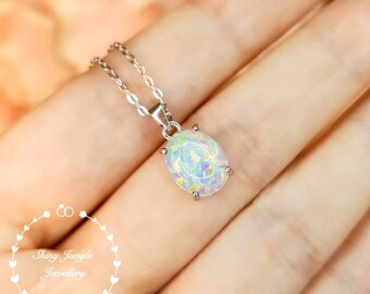 Oval Cabochon White Fire Opal Necklace, 3 carats 8*10 mm Oval Opal Simple Solitaire Pendant, Minimalist October Birthstone Necklace Gift