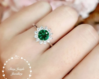 Delicate Round Emerald Engagement ring, Vivid Muzo Green Halo Emerald Ring, Green Gemstone Ring, May Birthstone Promise Ring, Cluster Ring