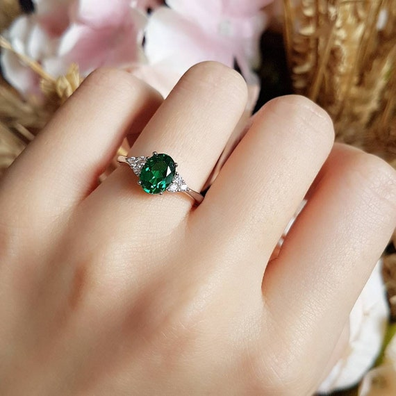 May Birthstone Emerald Ring Oval Cut Ring Gemstone Sterling Silver Promise Ring Solitaire Engagement Ring Simple Ring