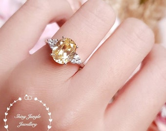 Oval Yellow diamond ring, engagement ring, 3 carats oval cut fancy yellow diamond ring, pastel yellow ring, yellow diamond promise ring