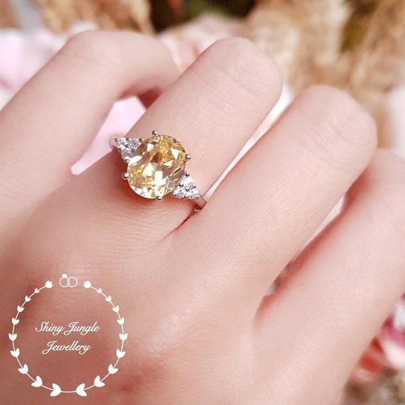 White Wedding Ring Bearer Pillow Silver Ribbon bow /& diamante ring centre stud