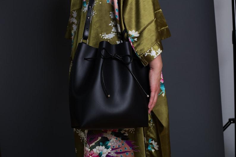 Scilla Bucket Bag  made of black vegetabal leather genuine image 0