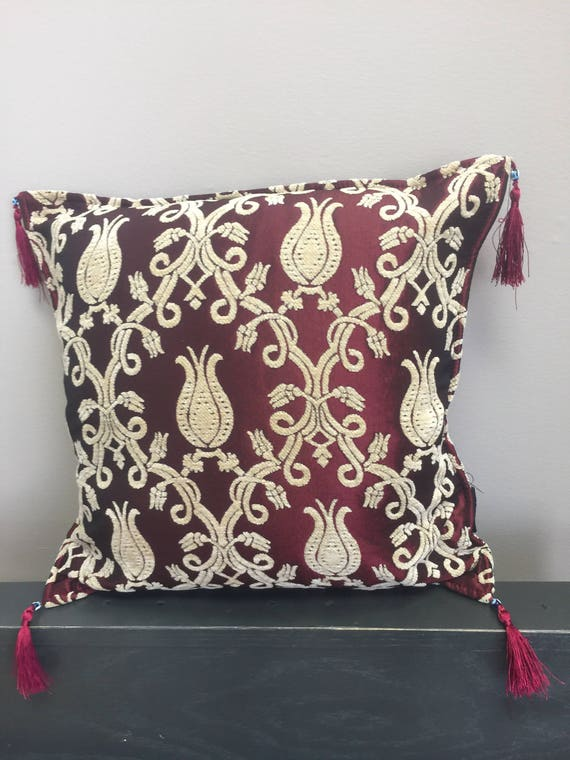 Authentic Kilim Pattered 17x17 Pillow Cover Burgundy Etsy