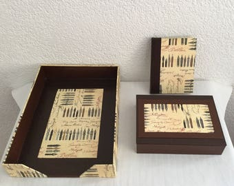 Men's gift! All cardboard desk paper feathers writing and Brown leatherette.