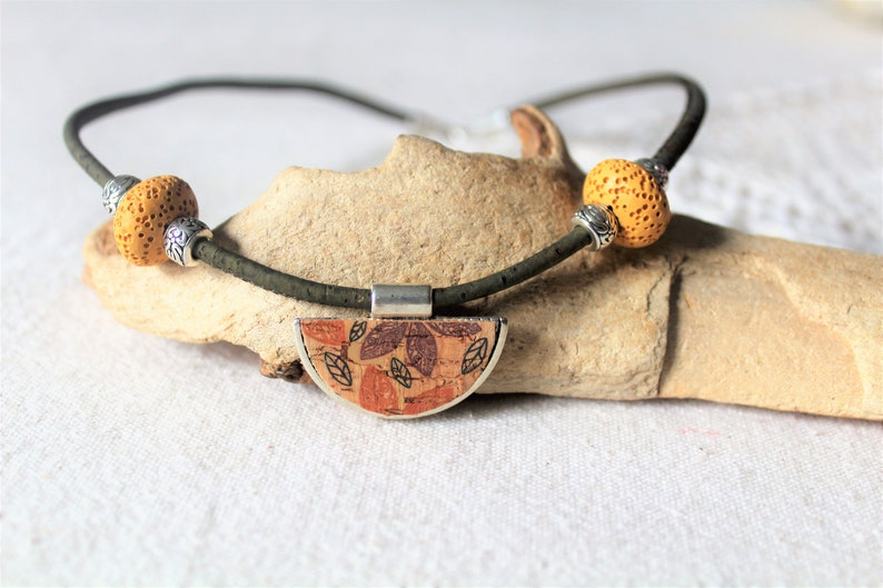 diffuser essential oil Ethnic necklace in natural cork from Portugal natural lava stones