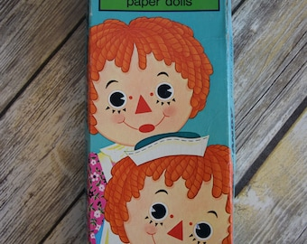 Vintage 1975 Raggedy Ann and Andy PaperDolls in original box