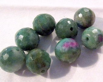 Ruby Fuchsite - faceted - pierced - ref6697 - 9mm - 8 x