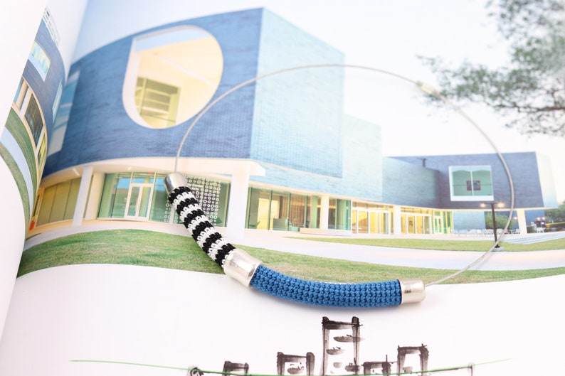 Buis Stripe Choker design necklace with blue cotton decoration