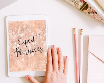 "iPad Air/iPad Air/Samsung Galaxy Tab S2 ""Expect Miracles"" Personalized Background/Wallpaper"